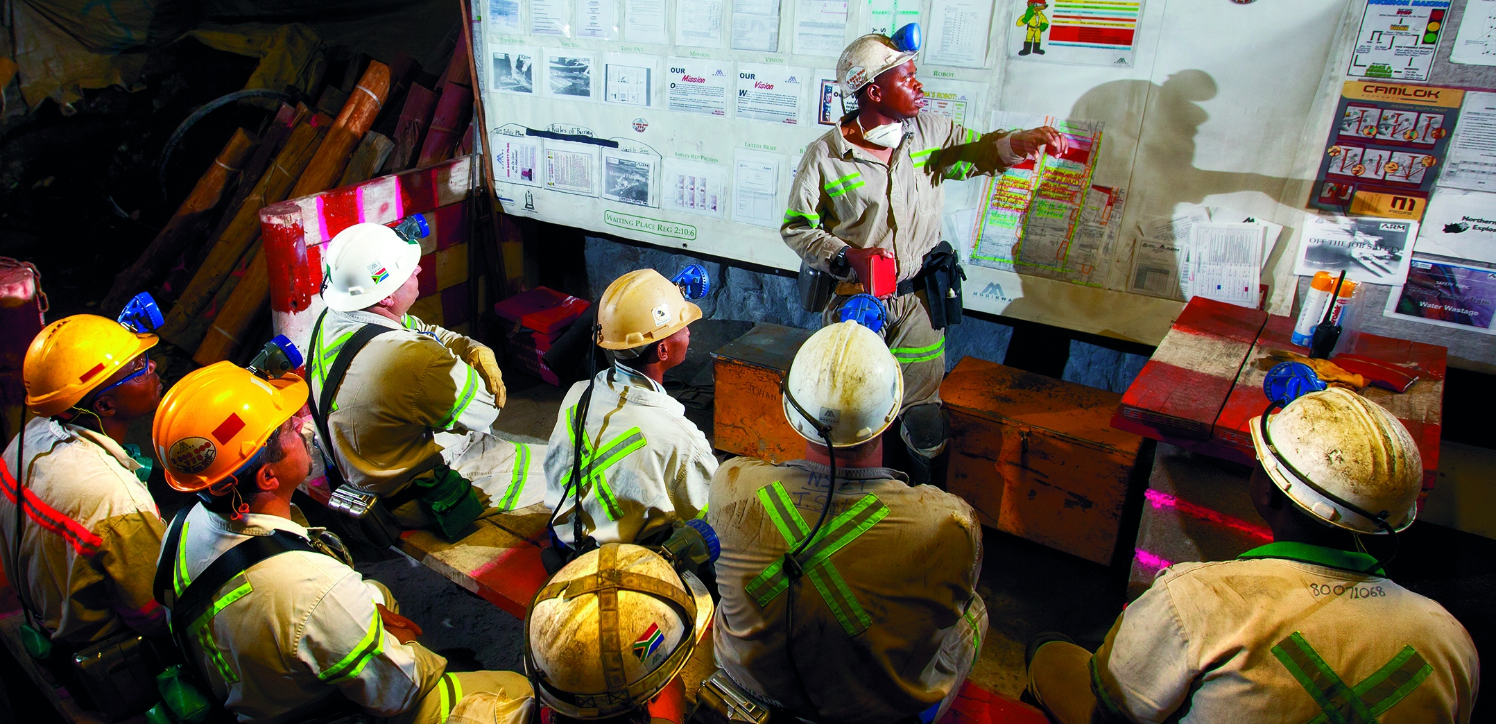 ARM_Daily-safety-talk-underground-at-Modikwa-Mine2 (2)